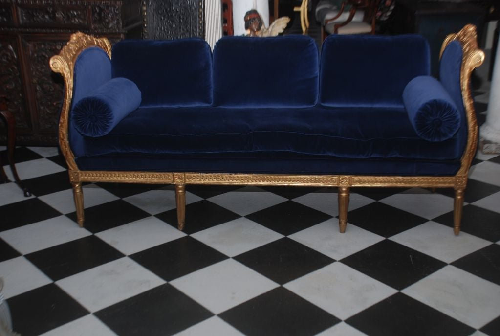 A Swedish High Gustavian Giltwood daybed. Sides with Rococo shape. Made for the Castles in Stockholm.