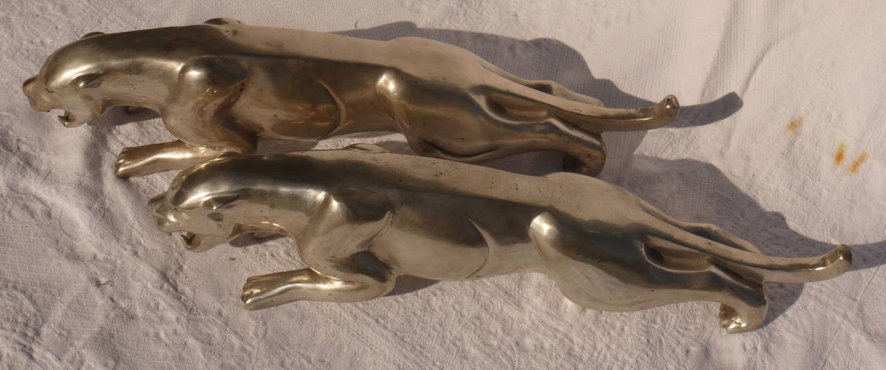 Pair of French Deco Silvered Bronze Jaguars by Charles Valton For Sale 1