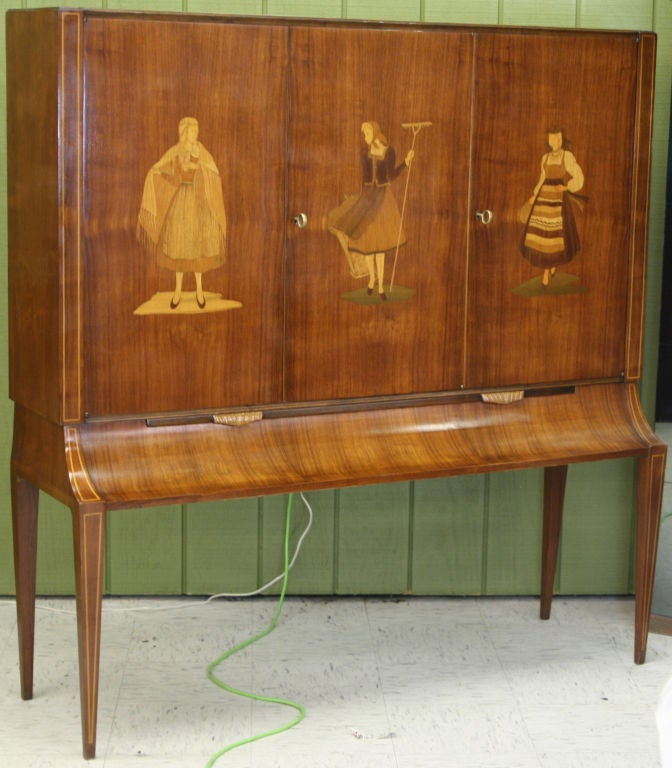 Italian 1940s Cabinet on Stand with Marquetry Doors 2