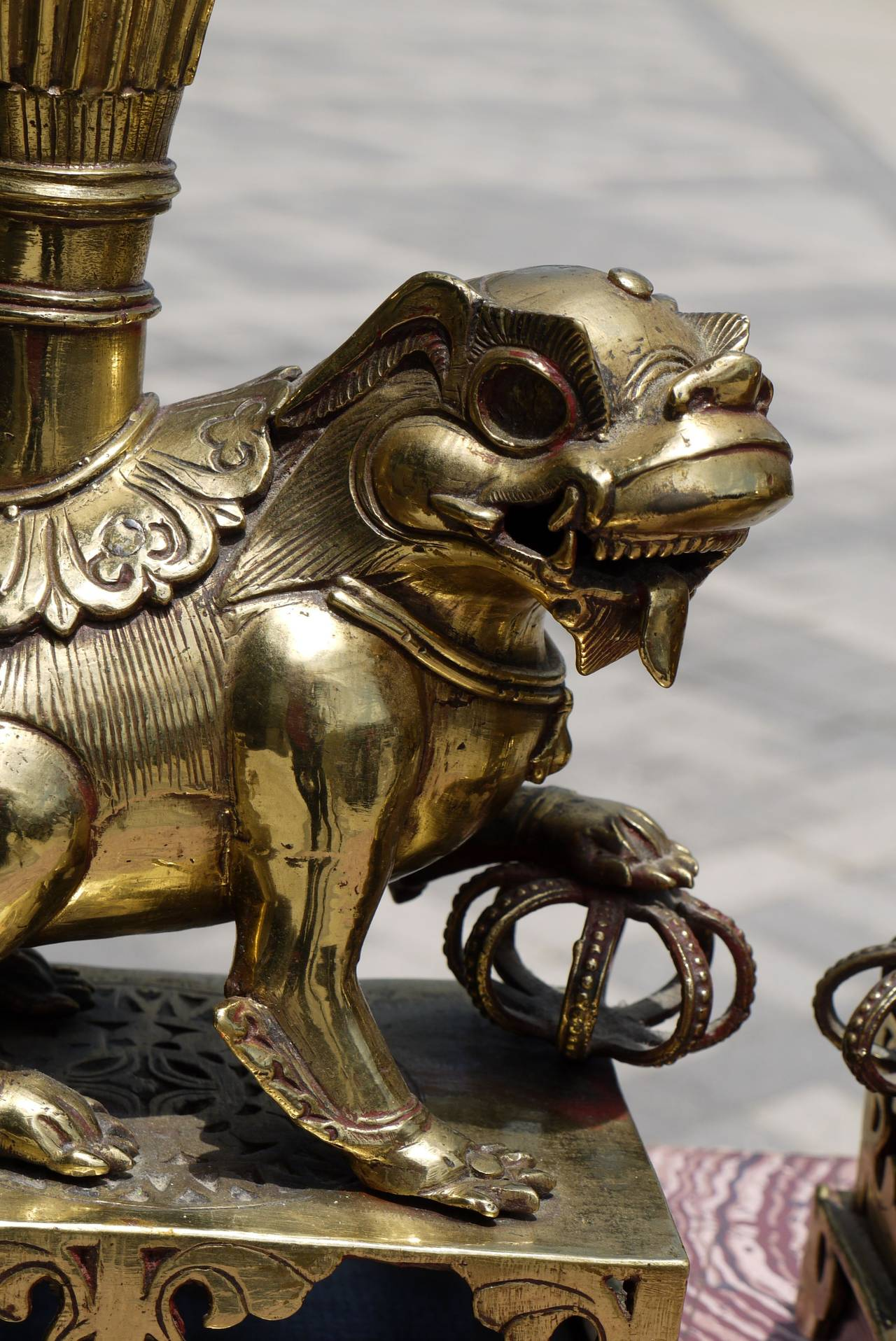 Polished Pair of 19th Century Chinese Bronze Foo Dog Lamps For Sale