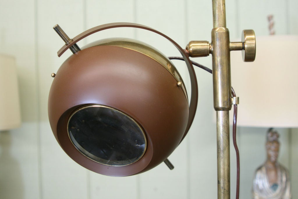 Patinated Brass Adjustable 'Eyeball' Lamp by Oscar Torlasco In Excellent Condition For Sale In Kilmarnock, VA