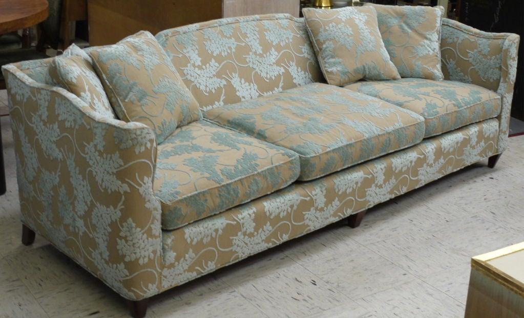 Vintage Henredon Sofa in Cut Velvet at 1stdibs