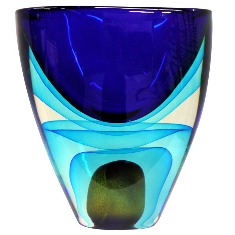 large sommerso murano glass vase by cenedese at 1stdibs. Black Bedroom Furniture Sets. Home Design Ideas