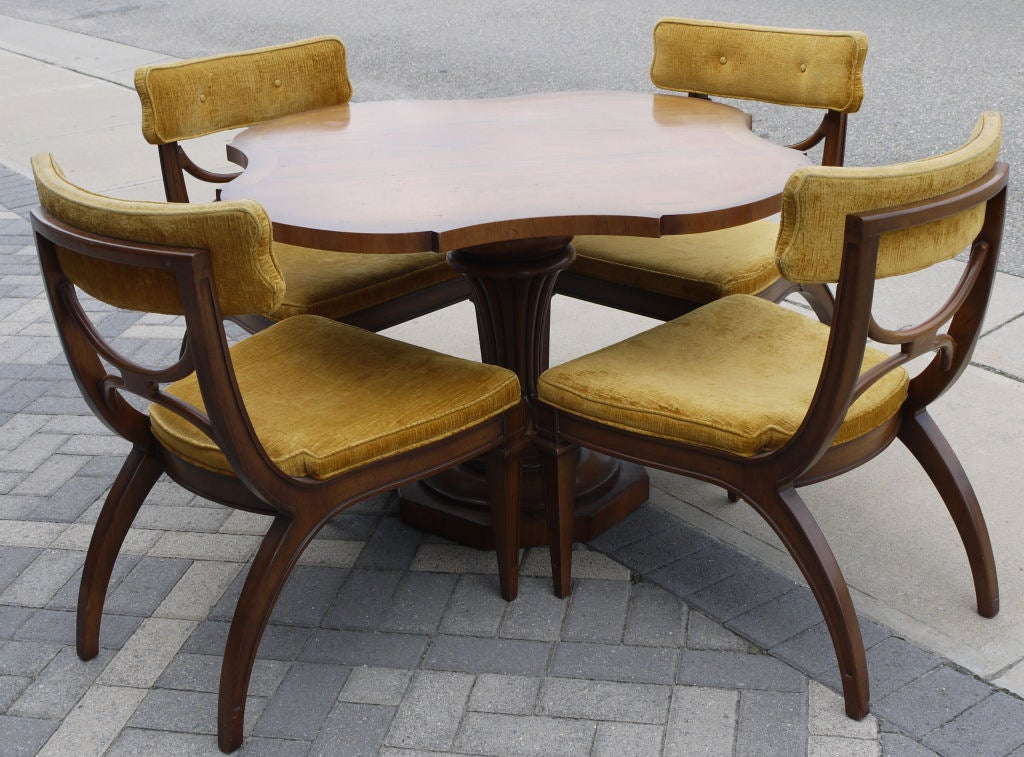 vintage tomlinson game table and chairs at 1stdibs saarinen dining table and tulip chairs Round Saarinen Table