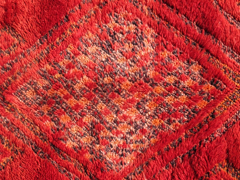 Vintage Moroccan Rug with Red Diamond Pattern and Zig-Zag Design 6