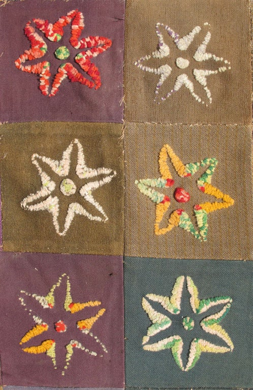 19th Century Colorful Antique American Quilt with Star-Shaped Floral Blossom Motifs For Sale