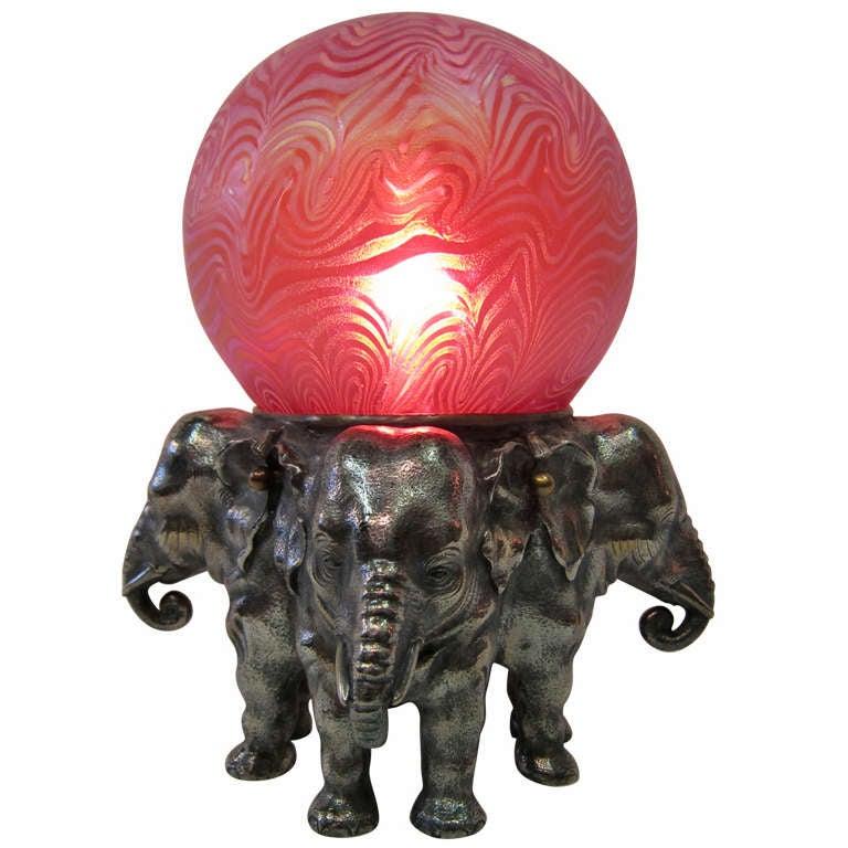 art deco elephant figural bronze lamp at 1stdibs. Black Bedroom Furniture Sets. Home Design Ideas