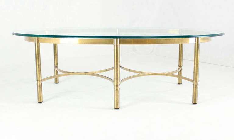 Brass and Glass Oval Mid-Century Modern Coffee Table For Sale 2