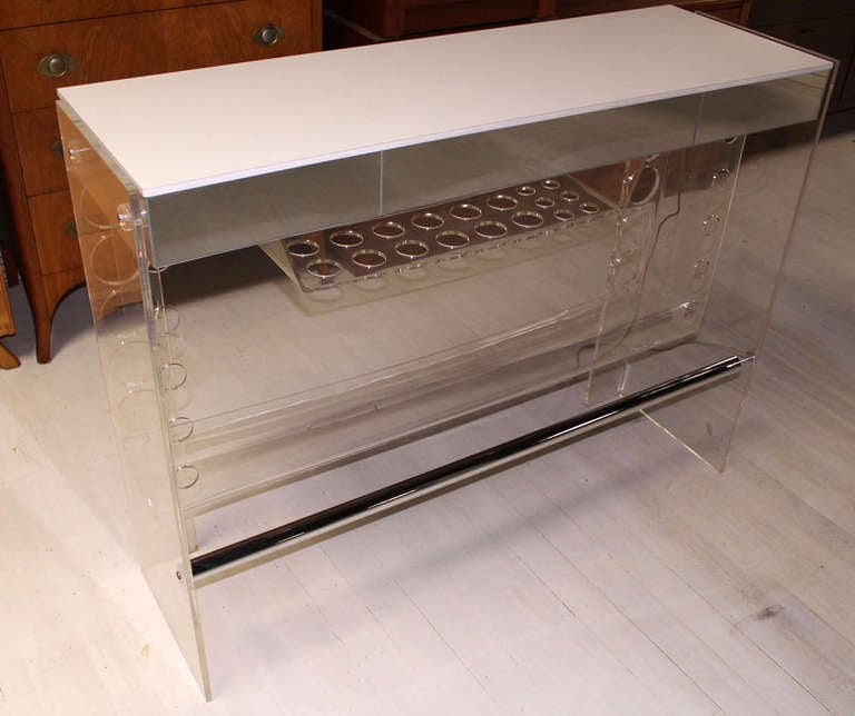 Mid Century Modern Chrome and Lucite Bar with Two Bar Stools For Sale 4