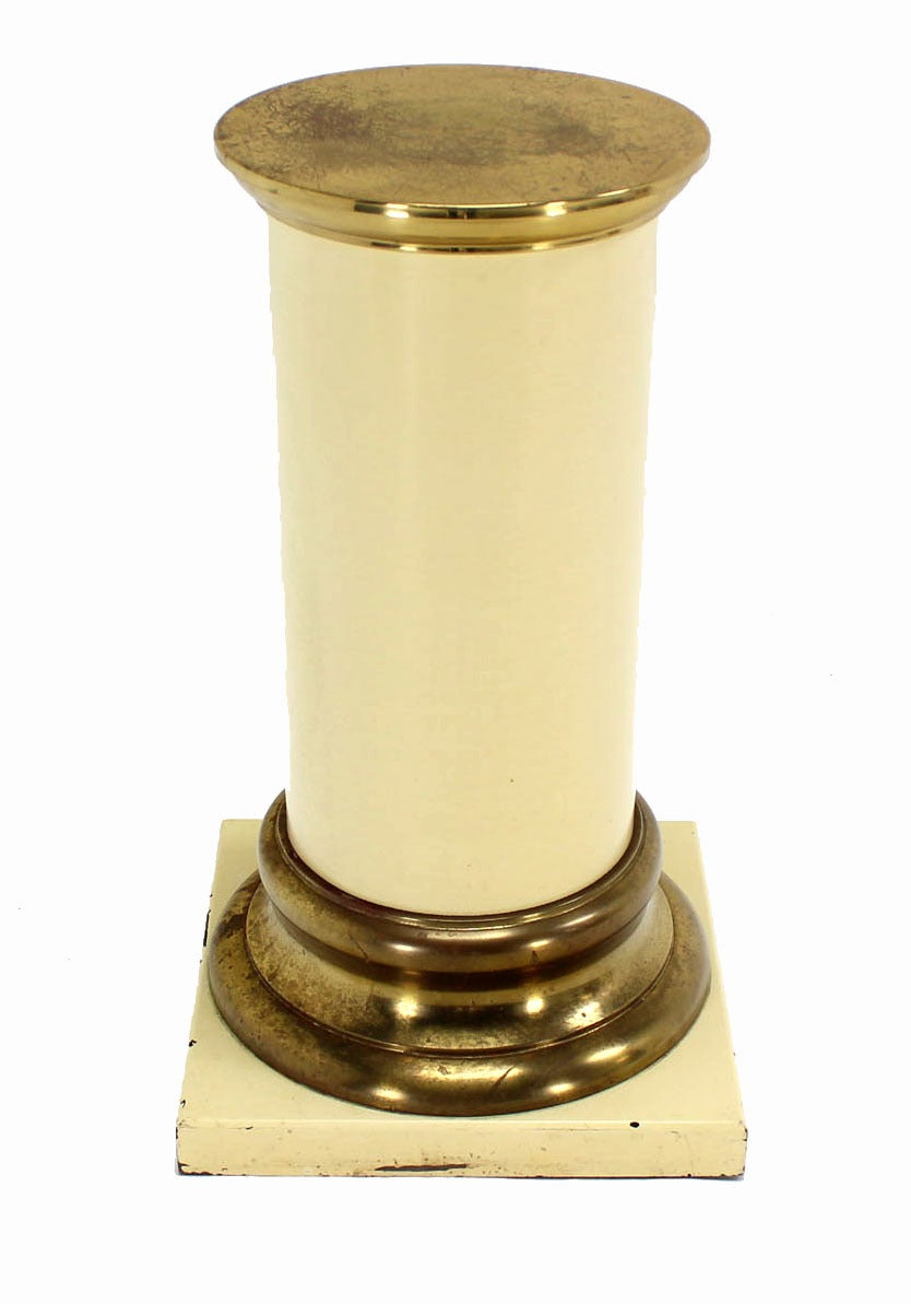 Pair of Brass and Lacquered Wood Pedestals For Sale 2