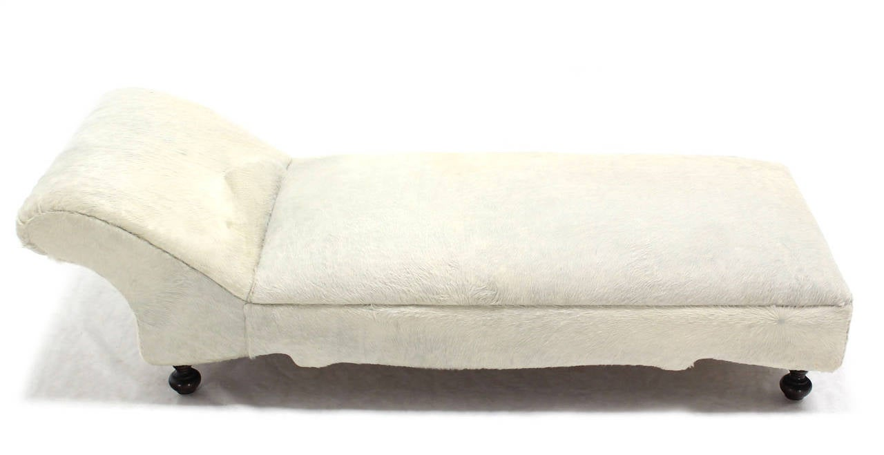 White cowhide chaise longue image 4 for Chaise lounge cowhide