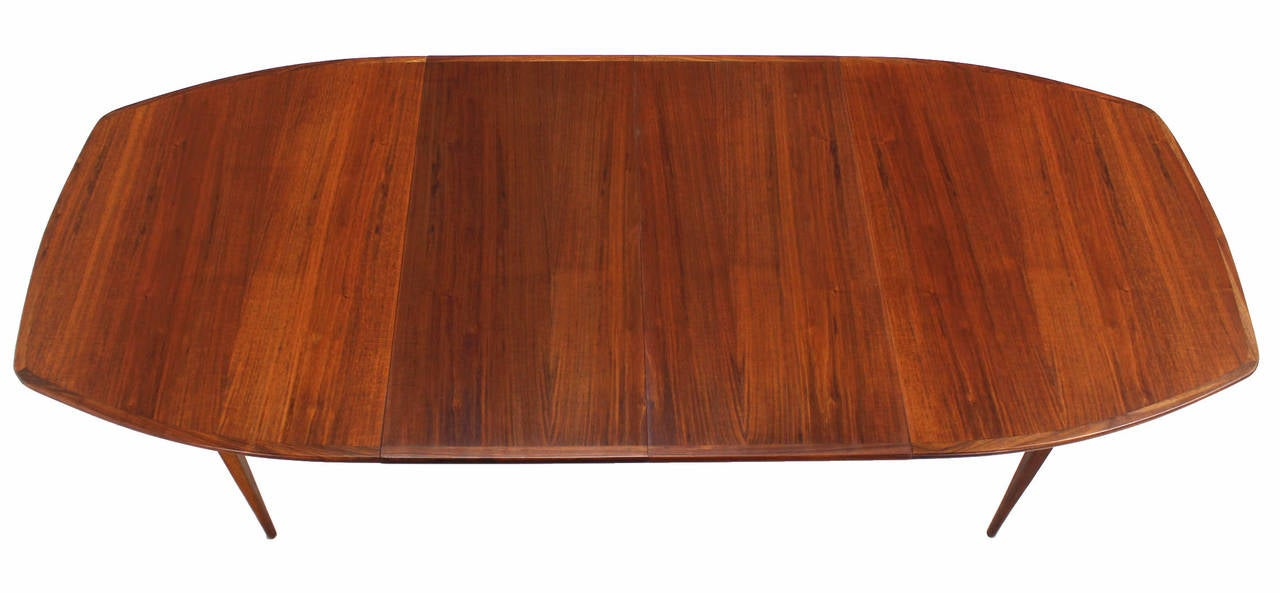 "Nice oiled walnut dining table with 2 18x40"" leaves. Beautiful walnut wood grain. Excellent condition."