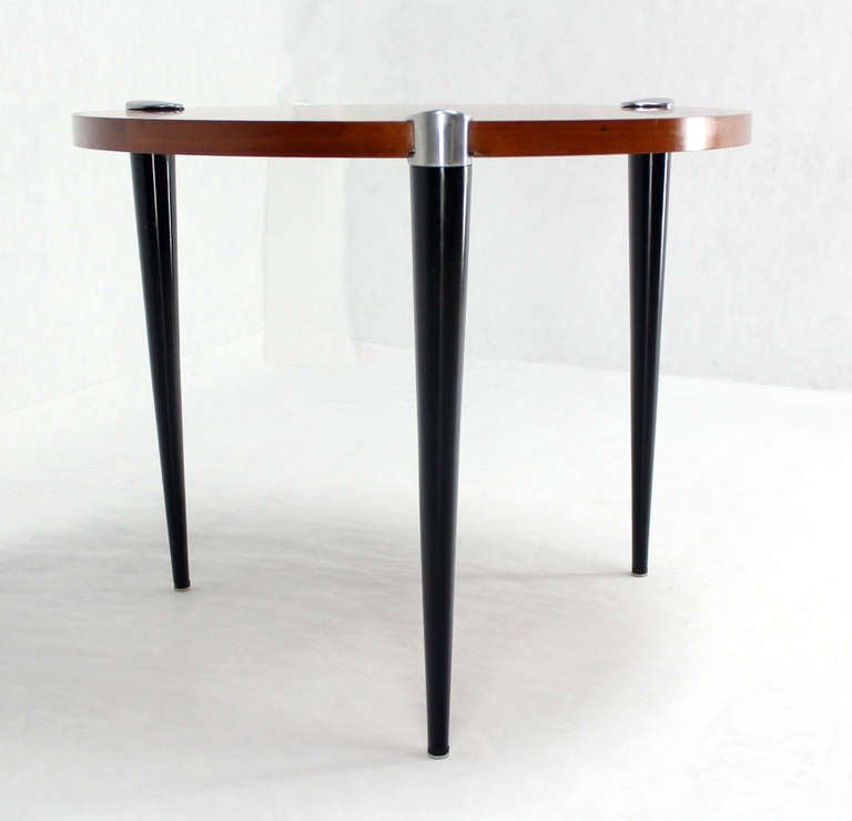 Modern Round Breakfast Cafe Dining Table Mid Century At 1stdibs