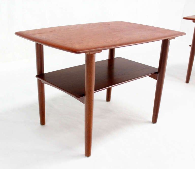 Pair of Mid-Century Danish Modern Teak End Tables by Povl Dinesen For Sale 3