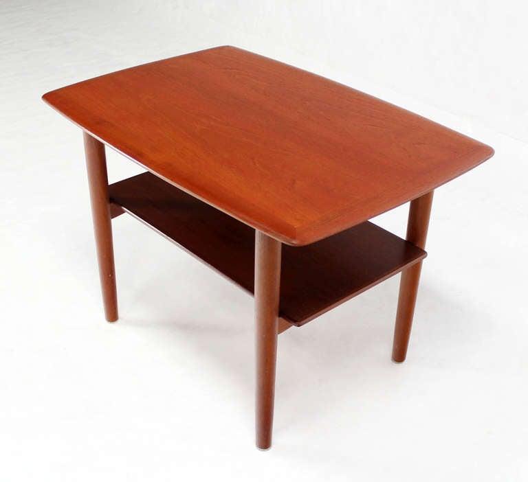 Mid-Century Modern Pair of Mid-Century Danish Modern Teak End Tables by Povl Dinesen For Sale
