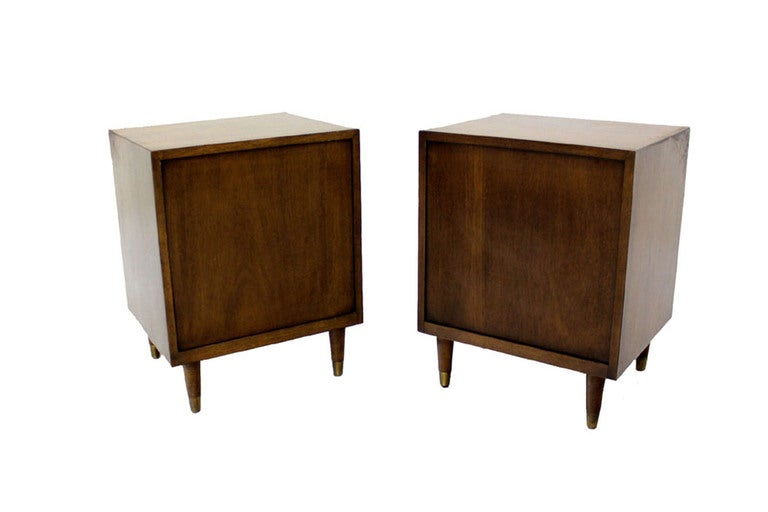 20th Century Pair Johnson Mid Century Modern Walnut Night Stands End Table For Sale
