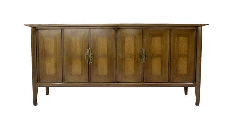 Mid Century Modern Burlwood Long Credenza Dresser Matching Mirror For Sale 1