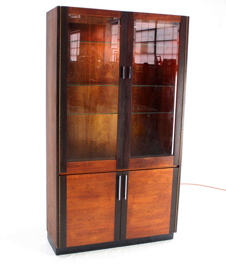 walnut and rosewood modern vitrine display cabinet in the baughman style for sale at 1stdibs. Black Bedroom Furniture Sets. Home Design Ideas