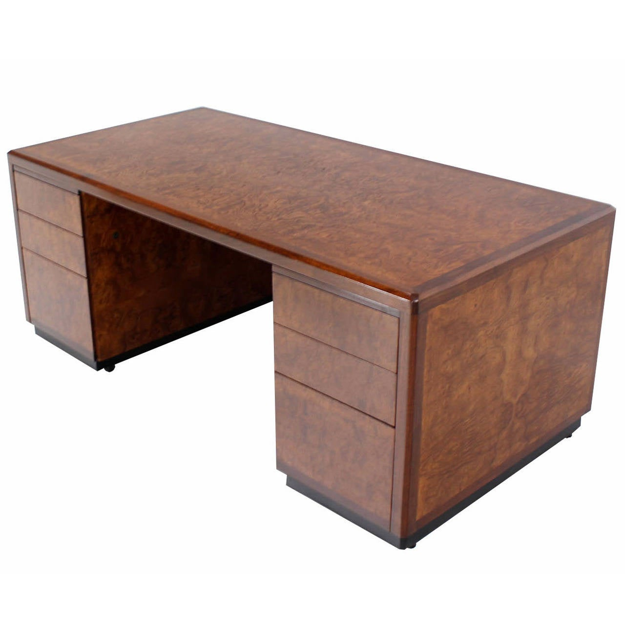 Large Executive Burl Wood Desk By Davis Allen At 1stdibs. Average Desk Height. Benches For Kitchen Table. Bar Table Behind Couch. Standing Desk Designs. Shadow Box End Table. Magellan Espresso L Shaped Desk. Studio Recording Desk. Workshop Table Plans