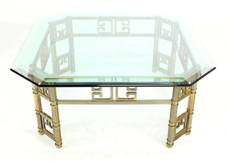 Mid-Century Modern Brass and Thick Glass-Top Square Coffee Table by Mastercraft In Excellent Condition For Sale In Blairstown, NJ