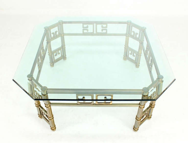 Mid-Century Modern Brass and Thick Glass-Top Square Coffee Table by Mastercraft For Sale 2
