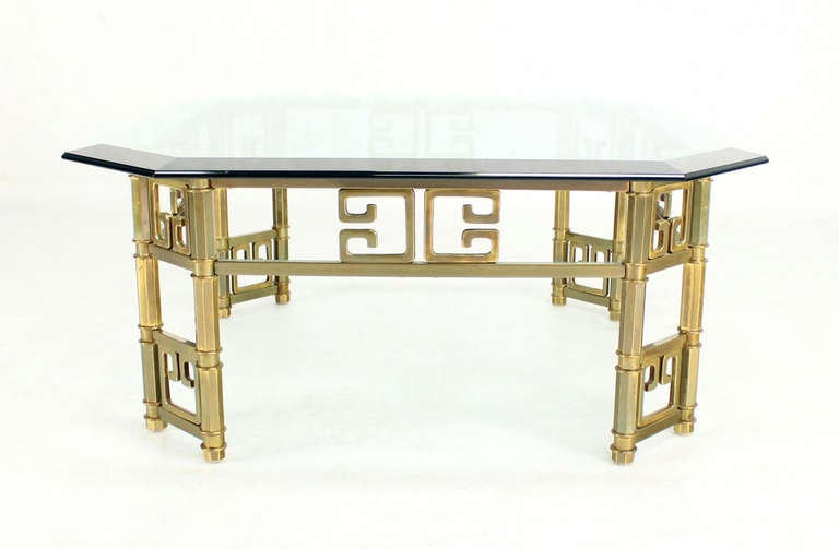 Mid-Century Modern Brass and Thick Glass-Top Square Coffee Table by Mastercraft For Sale 3