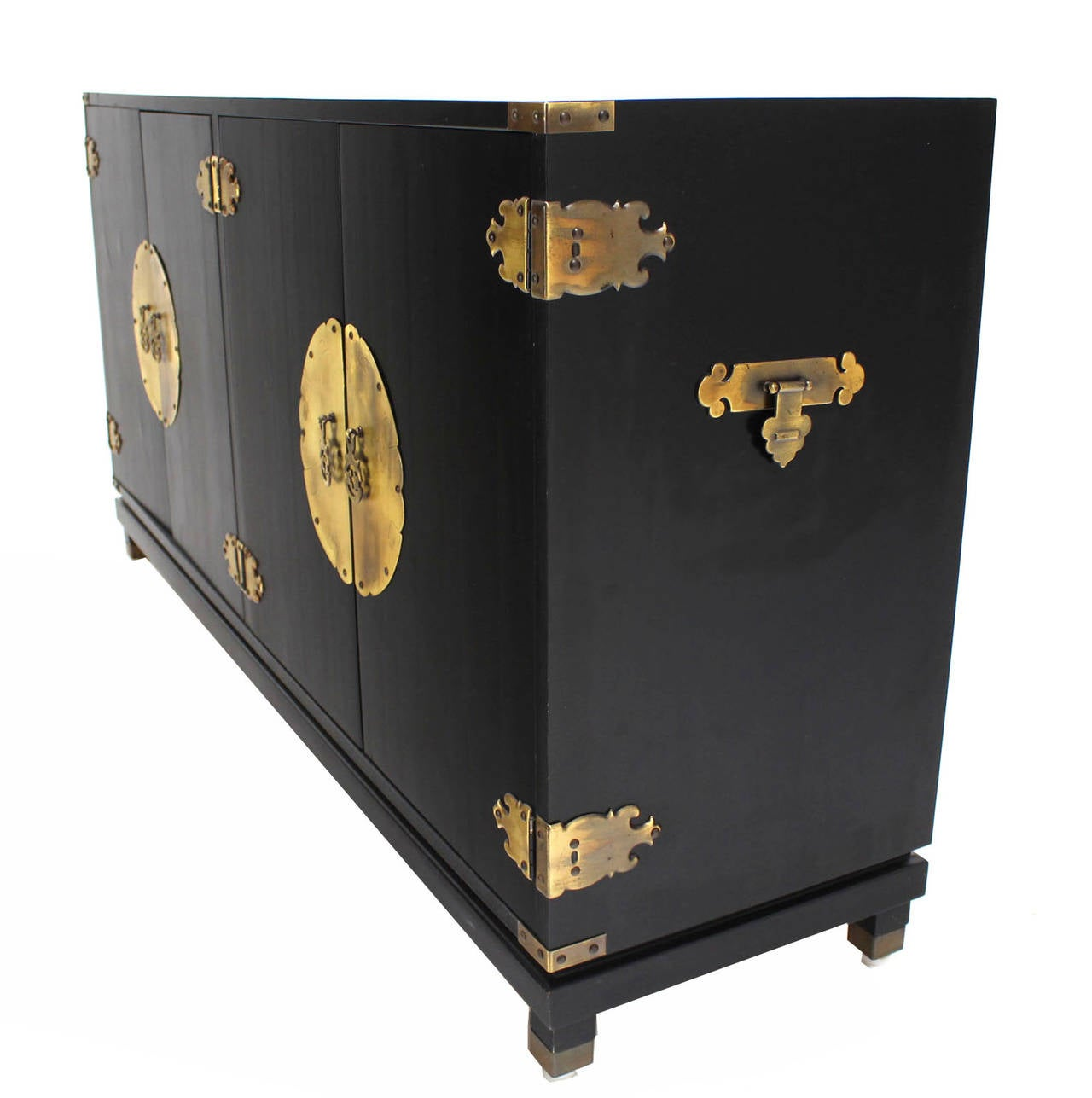 Black Lacquer Oriental Mid Century Modern Sideboard Or