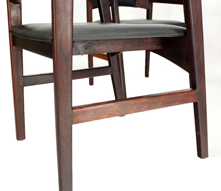 Set of Four Danish Mid-Century Modern Rosewood Dining Chairs 4