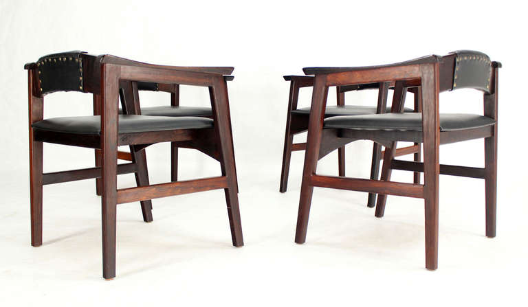 Set of Four Danish Mid-Century Modern Rosewood Dining Chairs 10