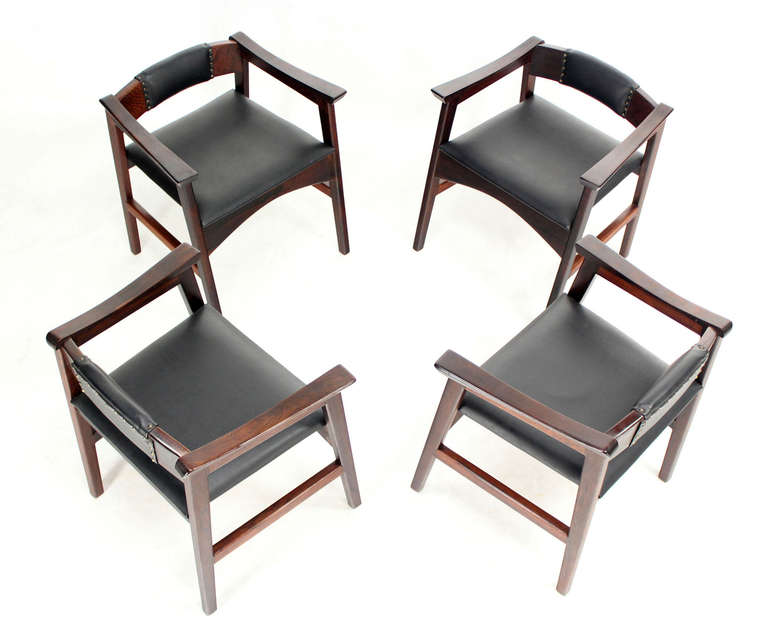 Set of Four Danish Mid-Century Modern Rosewood Dining Chairs 9