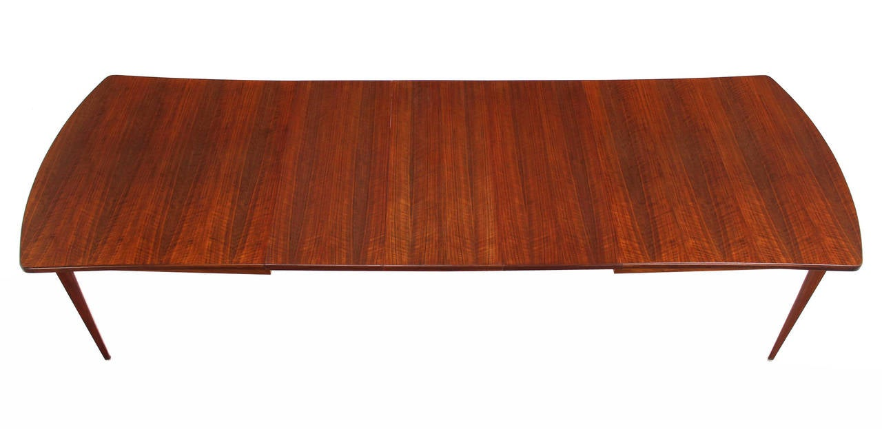 Lacquered Dining Table with Three Extension Leaves and Six Matching Chairs Set For Sale