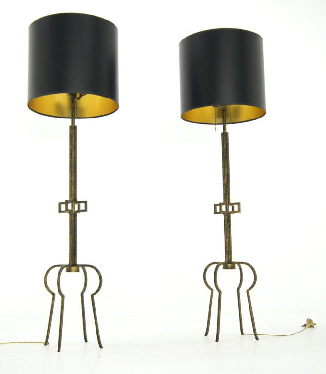 pair of tommi parzinger wrought iron floor lamps at 1stdibs. Black Bedroom Furniture Sets. Home Design Ideas