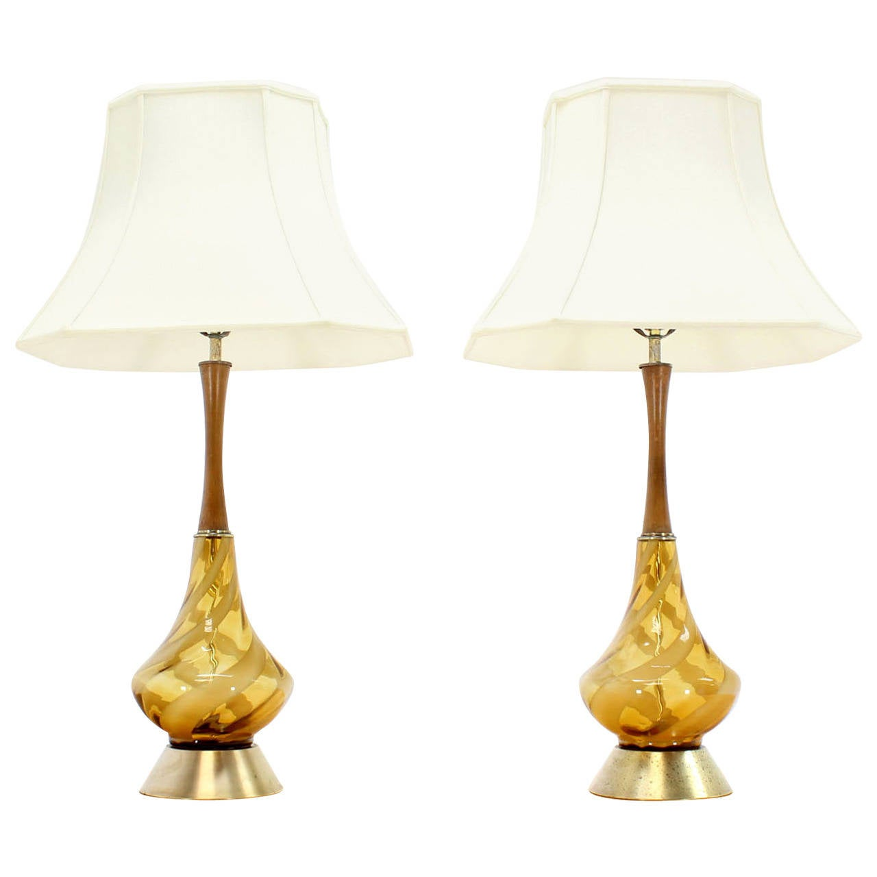 mid century modern amber glass table lamps with silk shades at 1stdibs. Black Bedroom Furniture Sets. Home Design Ideas