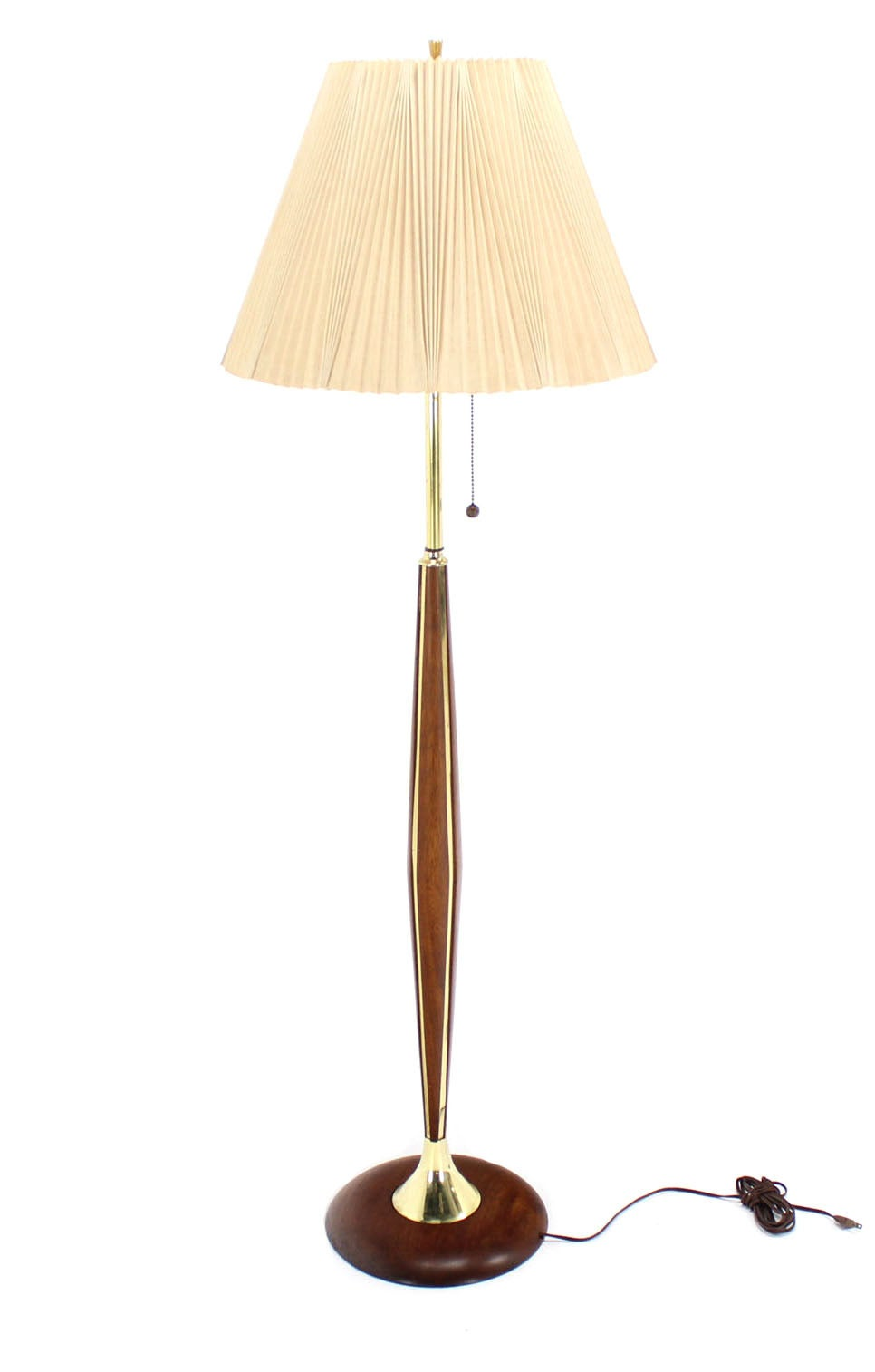 walnut and brass mid century modern floor lamp for sale at 1stdibs. Black Bedroom Furniture Sets. Home Design Ideas
