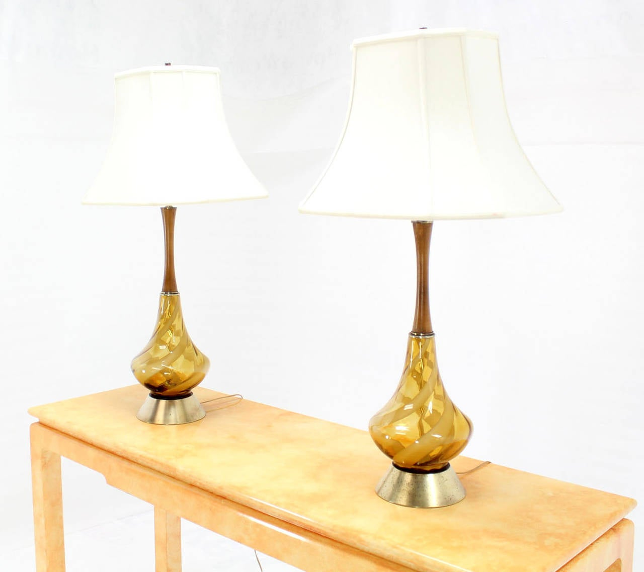 Modern glass table lamps - Pair Of Mid Century Modern Amber Glass Table Lamps With Silk Shades 3