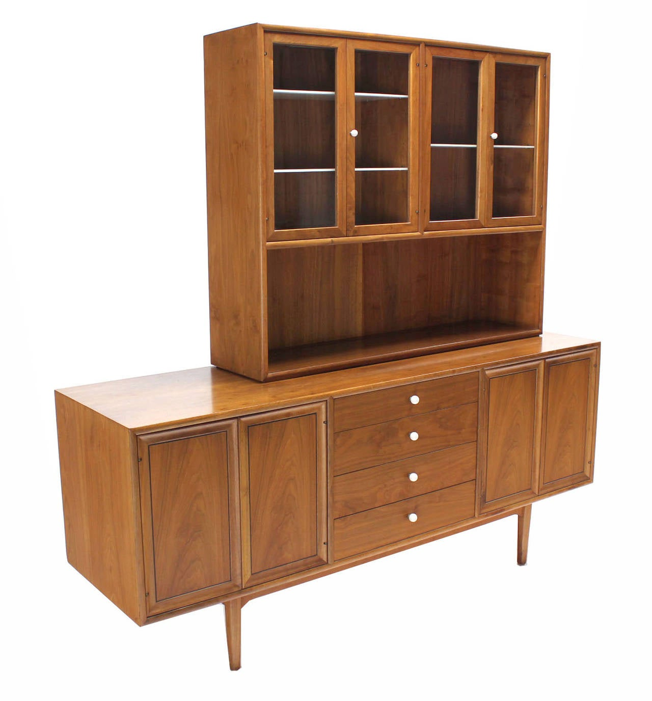 Drexel Declaration walnut sideboard credenza hutch light up cabinet. Lots of storage space beautiful looking walnut wood pattern with porcelain pulls.