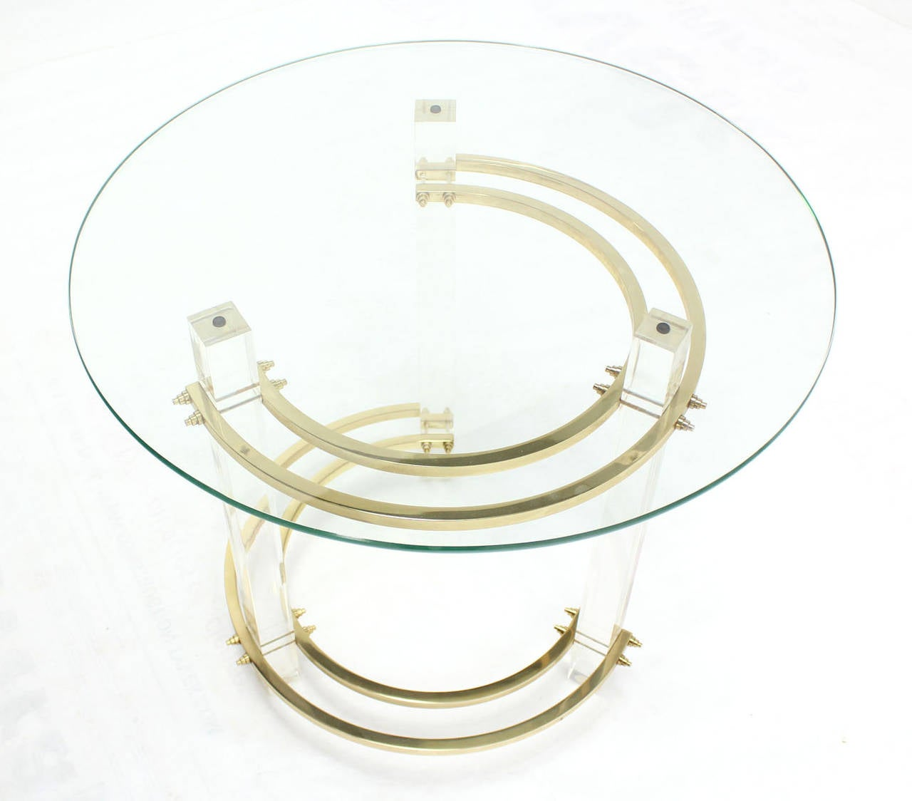 Charles Hollis Jones Round Lucite and Brass Side Table In Excellent Condition For Sale In Rockaway, NJ