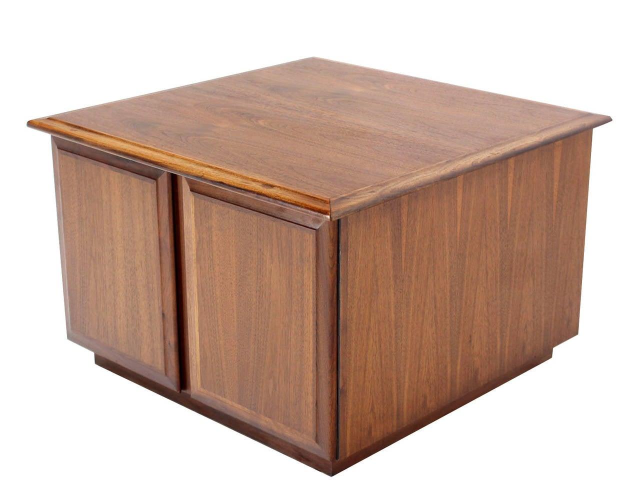 cube shape walnut end or side table with cabinet at 1stdibs. Black Bedroom Furniture Sets. Home Design Ideas