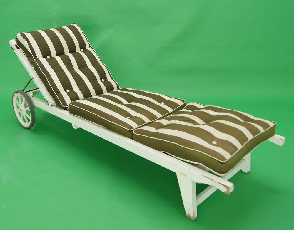 Triconfort Outdoor Chaise Longue French 1960s At 1stdibs