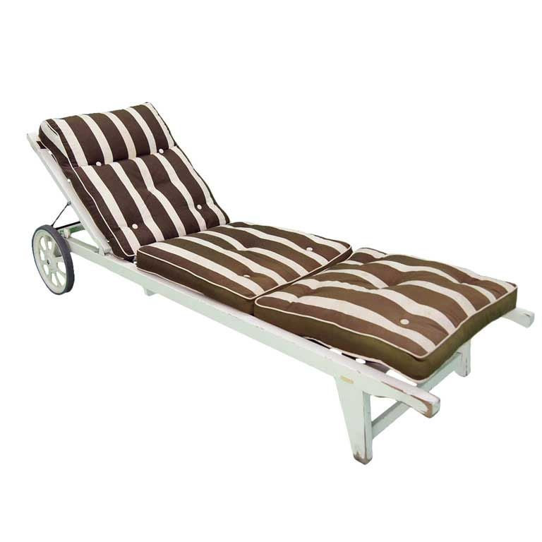 Triconfort outdoor chaise longue french 1960s at 1stdibs for Chaise longue or chaise lounge