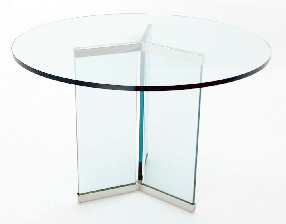 Pace Collection 34quot Thick Glass Top Center Dining Table  : 883713134419962 from www.1stdibs.com size 1000 x 785 jpeg 35kB