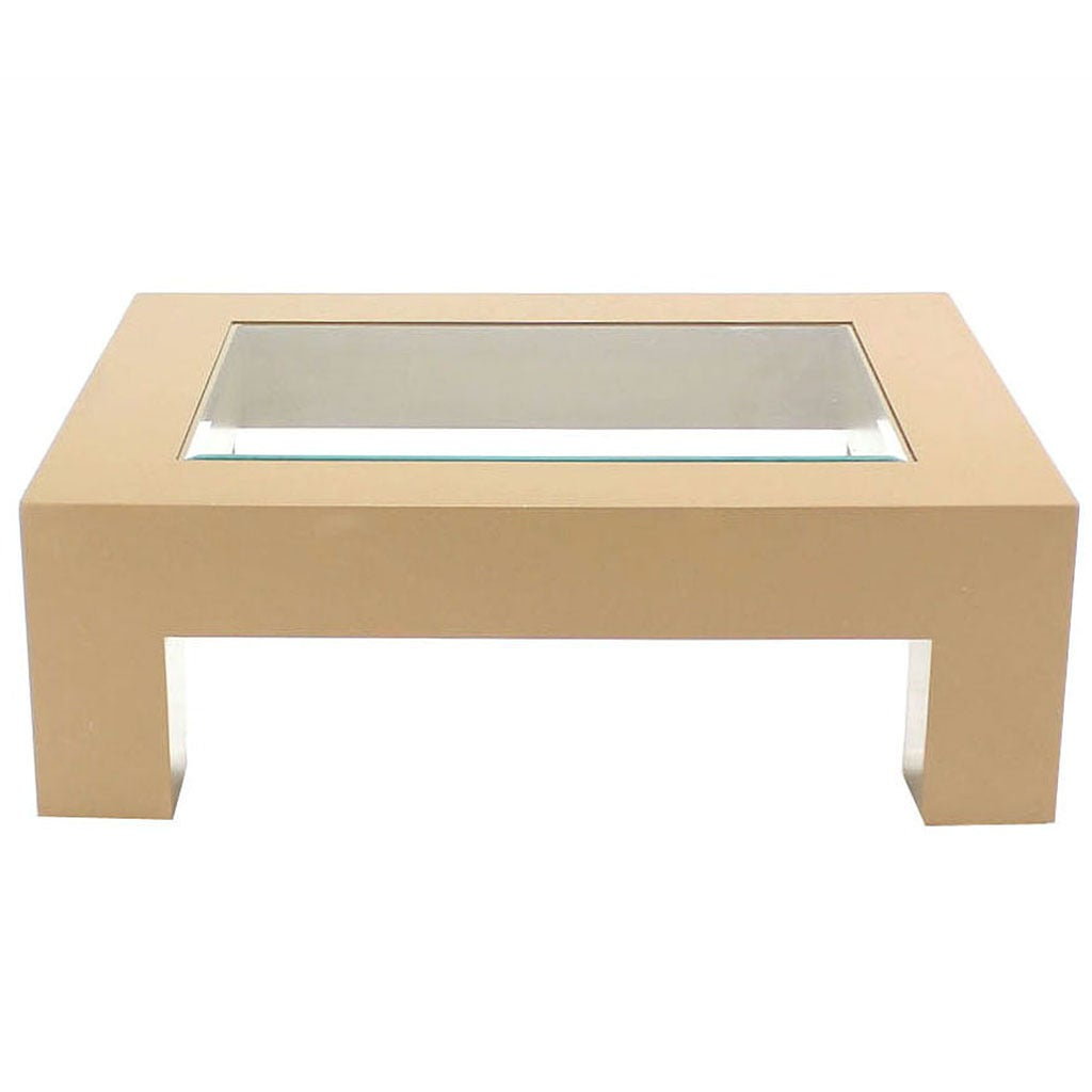 Geometrical rectangular beige lacquer base with glass top for Rectangular coffee table with glass top
