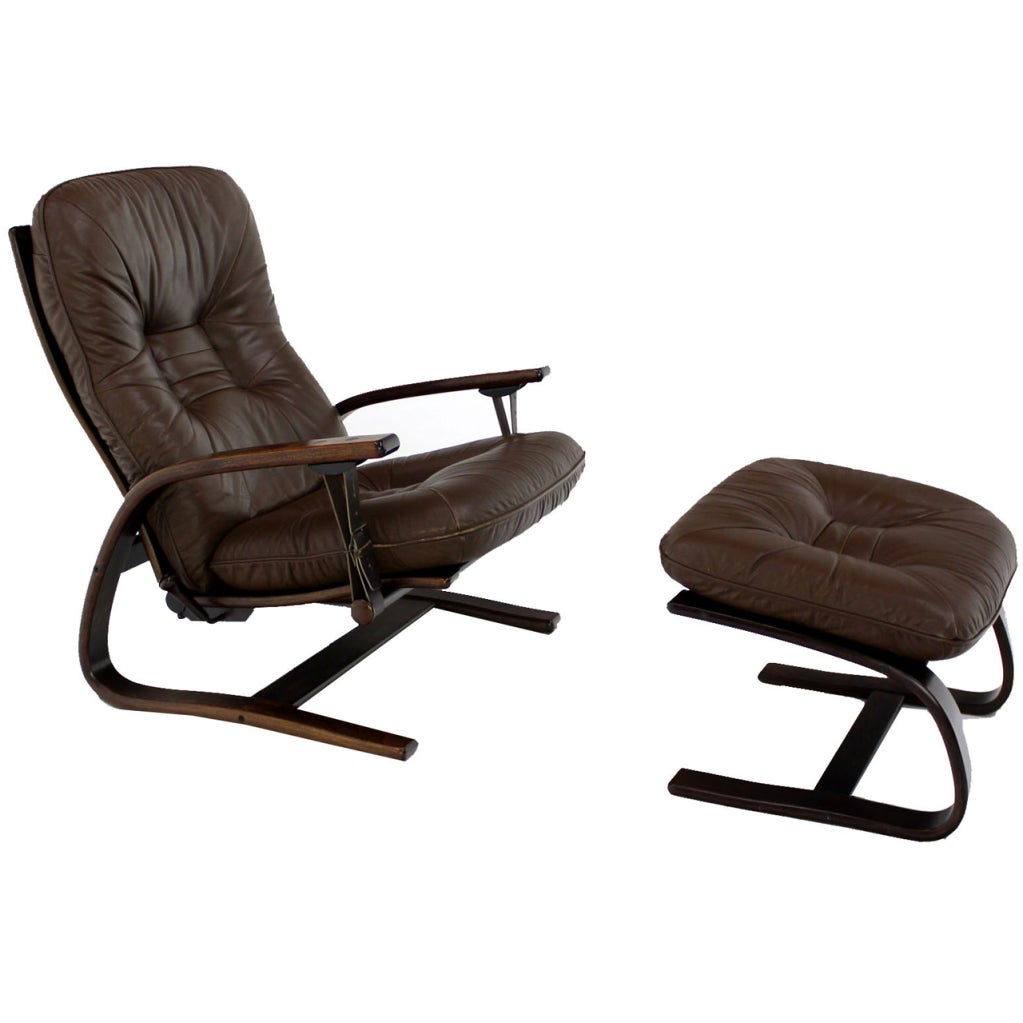 Danish mid century modern leather recliner lounge chair at for Mid century modern leather chairs