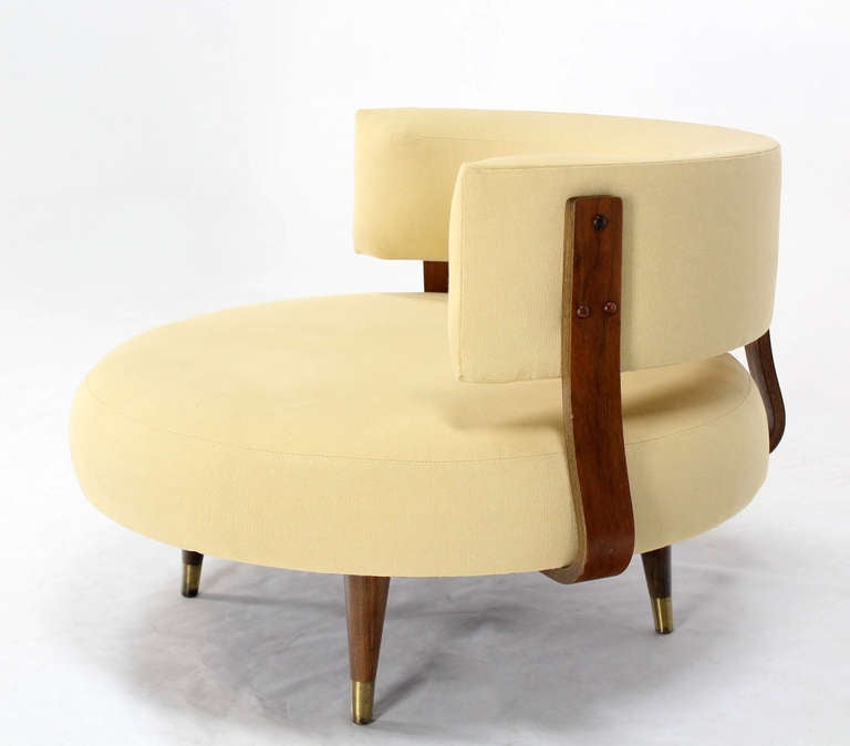Mid Century Modern Round Swivel Lounge Chair By Adrian Pearsall At