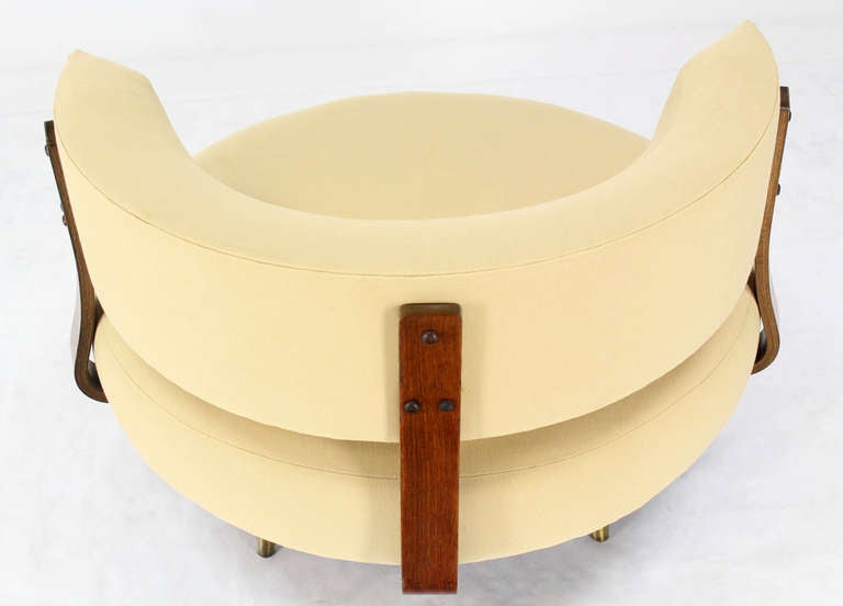 Mid Century Modern Round Swivel Lounge Chair By Adrian Pearsall For Sale 5