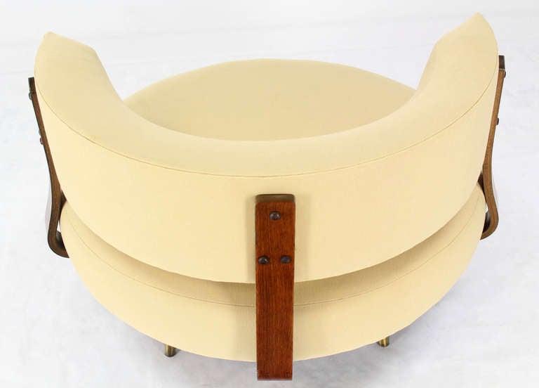 Mid Century Modern Round Swivel Lounge Chair By Adrian
