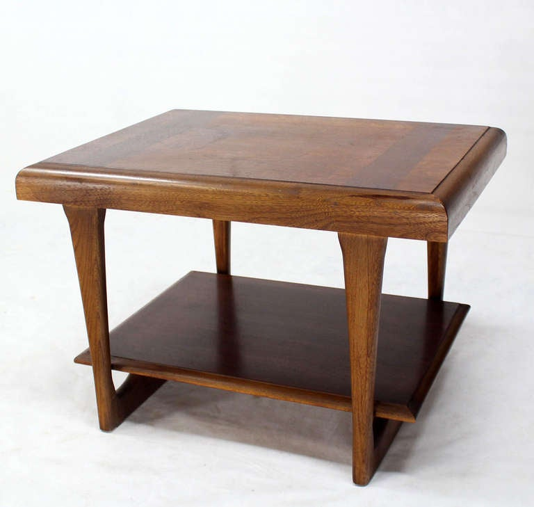 Mid Century Modern Walnut End Tables By Lane At 1stdibs