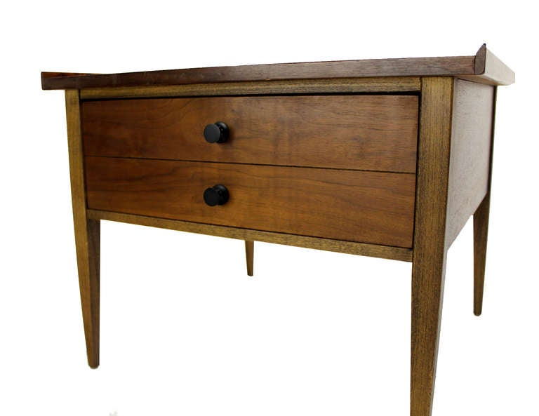 Mid-Century Modern Pair Large Square Raised Rolled Edge Danish Mid Century Modern Walnut End Tables For Sale
