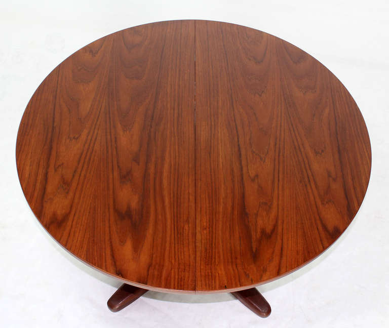 Mid-Century Modern Danish Mid Century Modern Round Dining Table with Extendable Folding Leaf