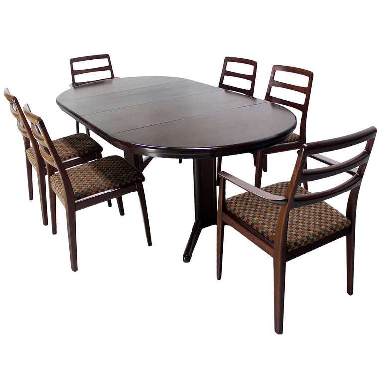 Danish mid century modern rosewood round dining table set for Six chair dining table set